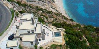 kefalonia-myrtos-beach-villa-26-320x160